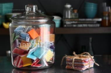 homemade-happiness-jar-e1446804703848