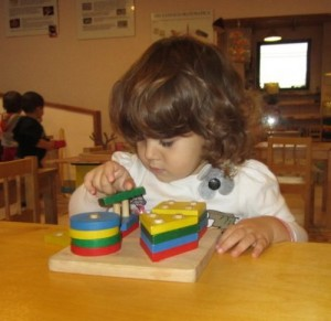 incastri-solidi-Montessori1