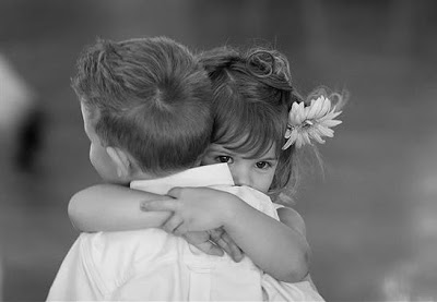 hug-1